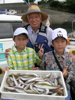 夏休みは家族で釣りに行こう♪ キスゴ